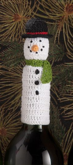 Lantern Moon Handcrafted Wine Bottle Topper - Snowman