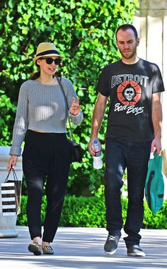 Talented gal Rooney Mara kept a low profile under a hat and sunnies during a shopping trip with her beau in Cali!