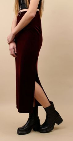90s Vtg VELVET Burgundy Long COLUMN MAXi Skirt / High by nanometer