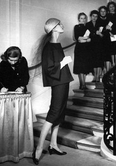 Barbara Mullen wearing Dior at the opening of Dior's Grande Boutique photo Louise Dahl Wolfe 1955