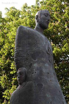 Memorial to Komitas and victims of Armenian Genocide, Paris