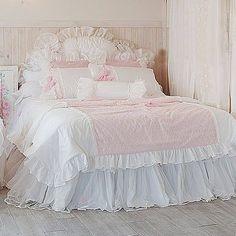 Pastel • pretty • shabby chic • bed • duvet • blanket • master bed • frilly • elegant • blue ♡@lozzyprincess♡