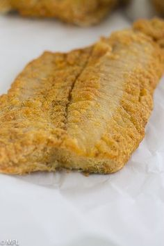 This Crispy Air Fryer Fish Recipe is delicious and healthy. Tried and true method for golden and crispy fish filets in the air fryer. Crispy Air Fryer Fish is golden, crispy, delicious, and healthy. Air Fryer Fish Recipes, Air Frier Recipes, Air Fryer Dinner Recipes, Best Fish Recipes, Fried Fish Recipes, Air Fried Fish, Oven Fried Fish, How To Cook Fish, Cooking Recipes