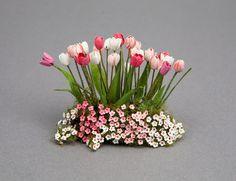 Tulip garden - Dollhouse Miniature