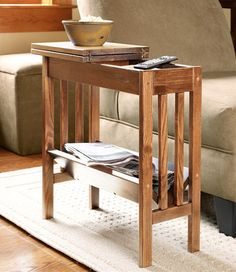 just ordered this from LL Bean 20% off and FREE shipping. Bonus - Made in the USA!!!! That's what I'm talkin' about : ) Mission Furniture, Craftsman Furniture, Unique Furniture, Furniture Making, Home Furniture, Furniture Projects, Living Room Sofa, Home Living Room, Craftsman Style Decor