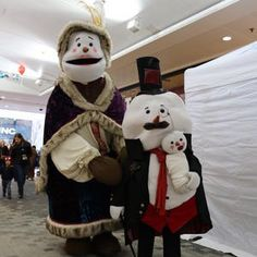 The Snowden's for hire. Our Victorian Christmas Snowman family is available to book for Christmas-themed events, corporate functions, children's events or Victorian-themed events in London & the UK.