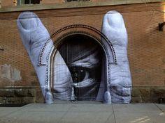 http://www.streetartutopia.com/wp-content/uploads/2012/11/street_art_march_2012_7-1.jpeg
