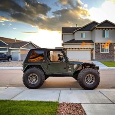 Image may contain: sky and outdoor Jeep Tj, Jeep Mods, Jeep Wrangler Tj, Jeep Truck, Jeep Carros, Jurassic Park Jeep, 2 Door Jeep, Green Jeep, Badass Jeep