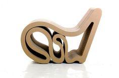 sillón en cartón corrugado