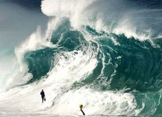 Found this picture of a mysterious figure on a wave that looks like kind of like my long lost brother from behind. His name is Hamza Rizvi and he is a bit retarded. Thanks for upvoting and supporting the search for him. fgts