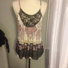 Lace Detailed Boho Tank Top Great used condition Dolled up Tops Tank Tops