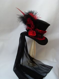 'Victorian Ladys Hat Midi Mini top Hat with black by KopfTraeume' Who looked at the description anyway? The hat is just divine. Steampunk Top Hat, Steampunk Costume, Steampunk Fashion, Gothic Fashion, Victorian Fashion, Emo Fashion, Steampunk Necklace, Steampunk Clothing, Victorian Hats