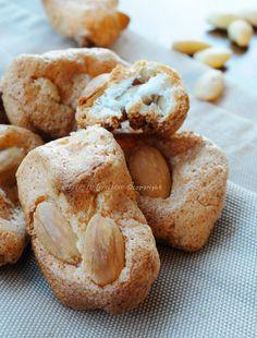 Brutti buoni biscotti mandorle e albumi senza farina vickyart arte in cucina