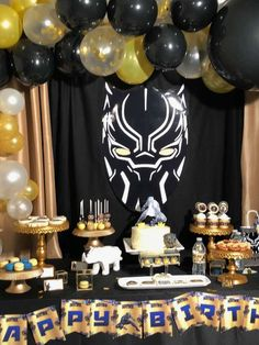 Khadija A's Birthday / Black Panther - Photo Gallery at Catch My Party Black Panther Party, Black Panther Marvel, Party Kulissen, Party Kit, Party Ideas, Party Favors, Superhero Birthday Party, Boy Birthday, Birthday Parties