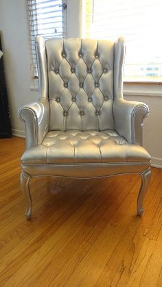 paint old leather chair silver ~ great idea