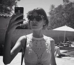 7017faa628489 Alexa chung Coachella 2013, Glamour, Vestido De Recorte, Algodão Branco,  Vestida Para