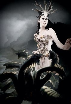 @Linda Think-Positive Temptation Can't move on the fear is tying you down. . . Hydra is a brilliant album much love <3