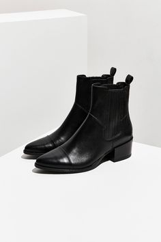 Shop Vagabond Shoemakers Marja Chelsea Boot at Urban Outfitters today. We carry all the latest styles, colors and brands for you to choose from right here. Black Chelsea Boots, Leather Chelsea Boots, Leather Cap, Black Boots, Leather Shoes, Chelsea Shoes, Black Heels, Black Leather, Galaxy Converse