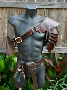 Single Leather Basic Rounded Spaulder Armor Ren SCA articulated pauldron cosplay | eBay