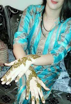 Hijab Fashion, Fashion Dresses, Mode Hijab, Kaftan, Marie, Kimono Top, Couture, Ps, Collection