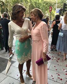 Dos invitadas maravillosaa! Graciasssss#invitadaperfecta#invitadaconestilo#invitada#boda