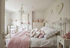 50 Bedroom Ideas - design in the Shabby Chic look   Bedroom Design