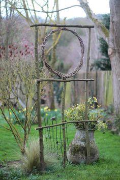 Blog sur notre jardin dans les Yvelines, à la croisée du Vexin et de la Normandie. Vivaces, Graminées, Rosiers en sont les sujets d'observation.