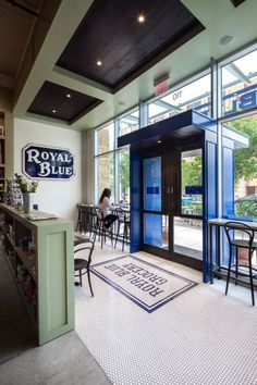 Royal Blue Grocery to Open Late September in Highland Park Village