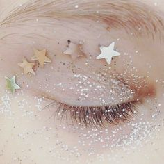 Starry eyed who's feeling festive?! We've got lots of fresh drops in store @topshop Oxford Circus & online @asosmarketplace #peekaboo #vintage #glitter #sparkles #stars #beauty #instabeauty #shimmer #starryeyed #love # ##peekaboovintage Peekaboovintage.com