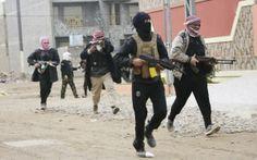 """2014 - 7 de Enero - Iraq: Primer ministro pide a habitantes de Faluya que expulsen a insurgentes - AP. El primer ministro iraquí, Nouri al-Maliki, pidió el lunes a los residentes y tribus de Faluya que expulsen a los combatientes de """"Al-Qaeda2:http://elcomercio.pe/tag/37326/al-qaeda de esa ciudad occidental para evitar una batalla generalizada — comentarios que podrían indicar una inminente ofensiva militar para volver a ocupar el antiguo bastión insurgente."""
