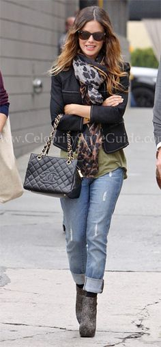 See what Rachel Bilson wore as she arrives at a studio in Hollywood on Friday October 15, 2010