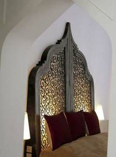 How lovely is this? I find myself becoming more interested in Moroccan style.
