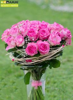 Nice pink roses by Studio AMMI. Florists, Amazing Flowers, Flower Decorations, Pink Roses, Bouquet, Crown, Studio, Nice, Corona