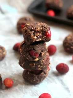 Flourless, gluten-free, vegan Cranberry Chocolate Protein Cookies....oil free with no refined sugar!