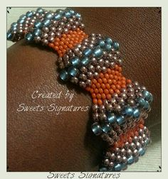 Peyote Wave Bracelet...uses graduated bead sizes...coming soon to etsy...#austinbeadsociety #etsyATX Beaded Bracelets Tutorial, Beaded Bracelet Patterns, Seed Bead Bracelets, Seed Bead Jewelry, Bead Jewellery, Jewelry Patterns, Beaded Jewelry, Seed Beads, Peyote Stitch Tutorial