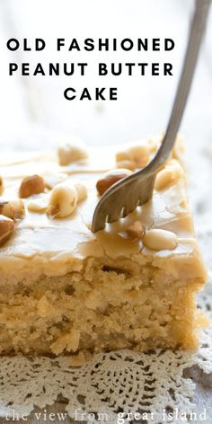 Fashioned Peanut Butter Cake Pour hot peanut butter frosting on warm cake, top with roasted peanuts. or try Reese's Pieces candies instead!Pour hot peanut butter frosting on warm cake, top with roasted peanuts. or try Reese's Pieces candies instead! Peanut Butter Sheet Cake, Peanut Butter Frosting, Peanut Butter Desserts, Peanut Cake, Peanut Recipes, Peanut Butter Brownies, Old Fashioned Peanut Butter Cake Recipe, Best Butter Cake Recipe, Peanut Butter Bread