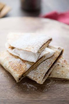 A Smores recipe turned quesadilla Fun required but campfire optional Need to try this tonight Best Mexican Recipes, Sweet Recipes, Favorite Recipes, Delicious Desserts, Dessert Recipes, Yummy Food, Bar Recipes, Copycat Recipes, Yummy Snacks