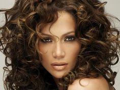 El color ideal de cabello para pieles morenas | Cuidar de tu belleza es facilisimo.com