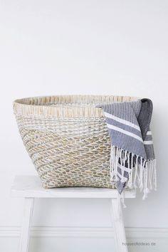 Large basket round white Ø 46 cm