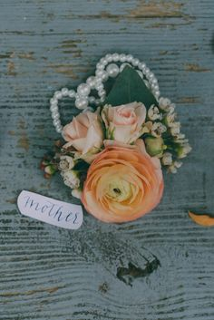 Becky's Brides | Garden Themed Wedding Inspiration | J.Woodbery Photography | Blog | Mother's Corsage by Studio Flower