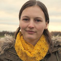 Ravelry: Tiny Bells - classic cowl pattern by Susan Ashcroft