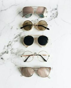 EyeWear Varieties from mirror to pink, black, etc Accessories Sunglasses Sunnies, Cute Sunglasses, Ray Ban Sunglasses, Cat Eye Sunglasses, Round Sunglasses, Summer Sunglasses, Street Style Inspiration, Mode Inspiration, Nike Id