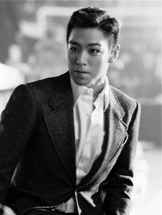 Image about kpop in Big Bang my Kings 👑 by saraleekim Daesung, Top Bigbang, Korean Boy Bands, South Korean Boy Band, Big Bang Kpop, Rapper, G Dragon Top, Top Choi Seung Hyun, Hip Hop