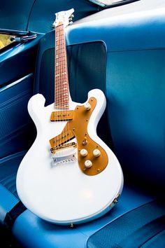 """La magnifiquement nommée """" The Swingin' 66 """" par Dynamico. Retrouvez des cours de guitare d'un nouveau genre sur MyMusicTeacher.fr"""