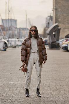 Mode-Outfits Wintermode Wir tragen diese Trends, wenn es kühler wird The History of the Watch Fashion Moda, Look Fashion, Autumn Fashion, Womens Fashion, Casual Fashion Style, Fashion 1920s, Cheap Fashion, Fashion 2017, Fashion Trends
