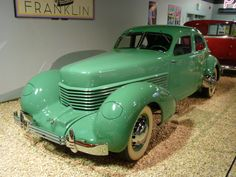 Find out even more info on classic cars. Look at our website. - My old classic car collection Cord Automobile, Automobile Companies, Vintage Cars, Antique Cars, Auburn Car, Cord Car, Old Classic Cars, Us Cars, Amazing Cars