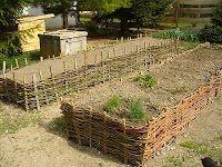 Muci a tanyán: Magaságyás Gardening, Wood, Kids, Madeira, Children, Boys, Woodwind Instrument, Garten, Wood Planks