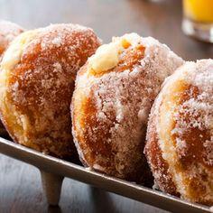 vanilla cream filled doughnuts