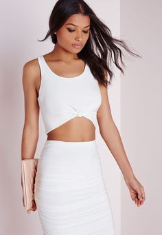 Missguided - Sleeveless Knot Front Crop Top White