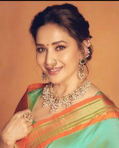 Madhuri Dixit Saree, Saree Jewellery, Bride Sister, Indian Jewellery Design, Jewellery Designs, Cinema Actress, Saree Styles, Celebs, Celebrities